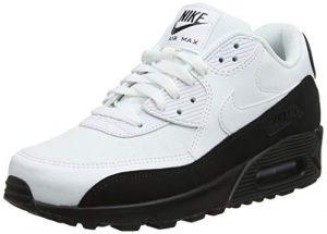 NIKE Herren Air Max 90 Essential Sneakers, Schwarz, 44 EU